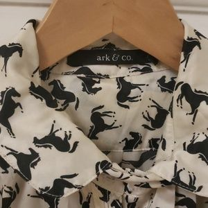 Chic Ark & Co. Blouse